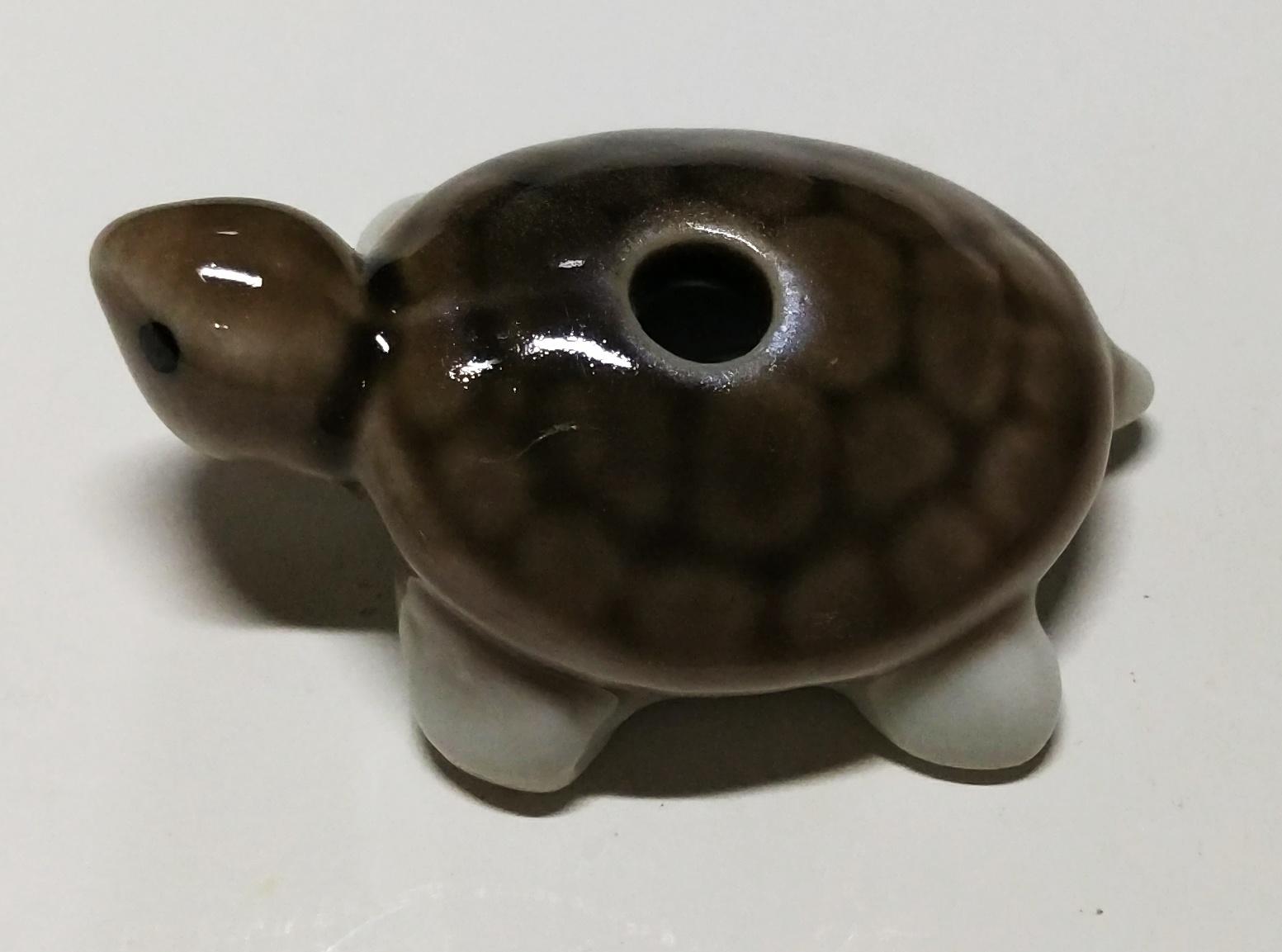 烏龜香插 (灰背)