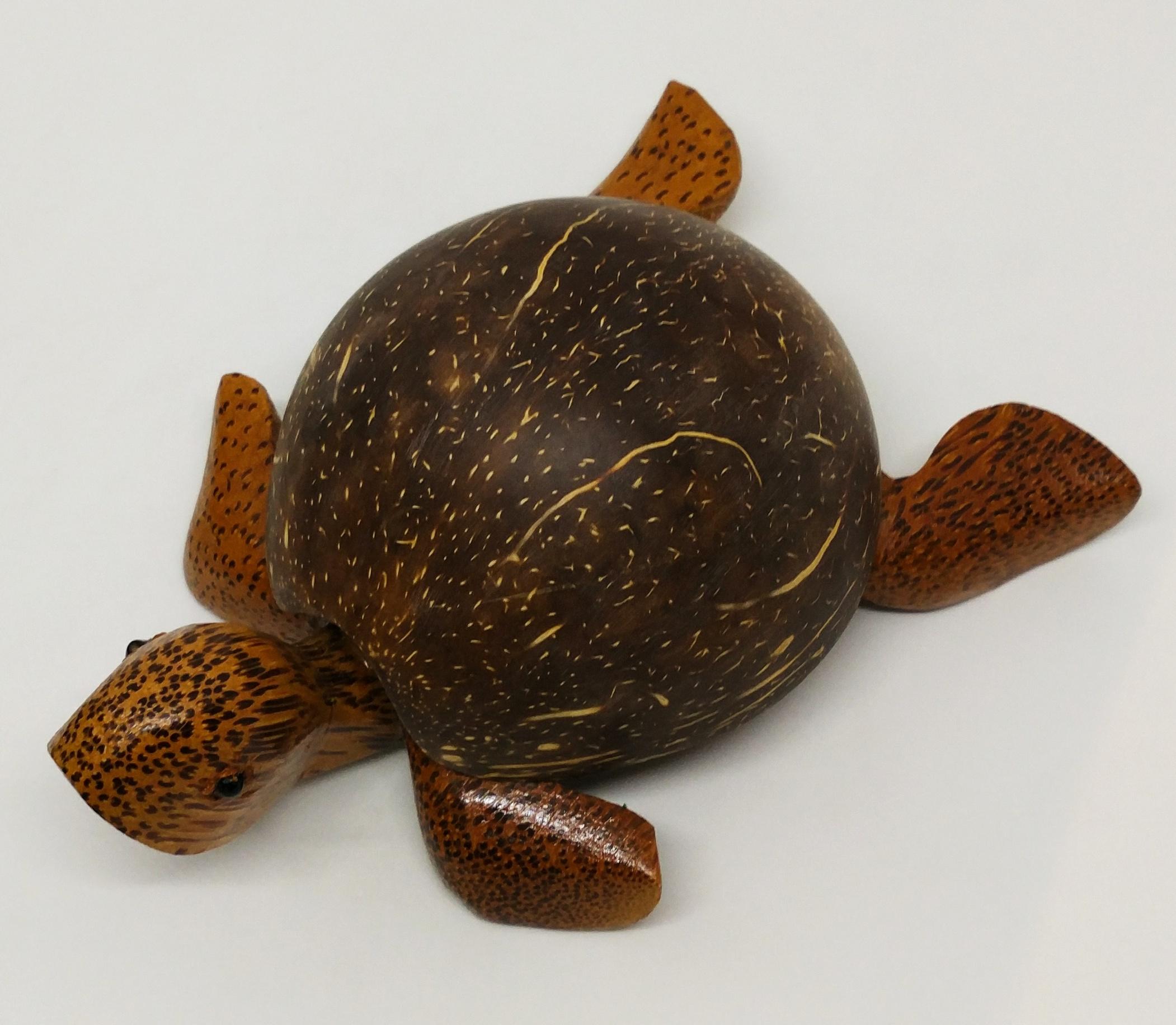 烏龜木雕菸灰缸 (椰子)